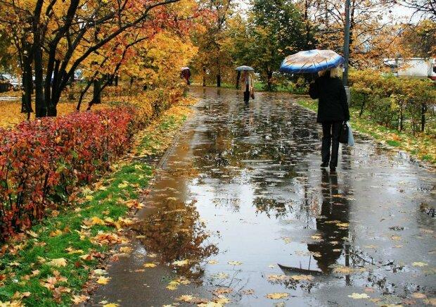 """""""Дожди и похолодание"""": настоящая осень придет в Одессу на выходных"""