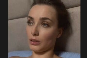 """Втомлена і самотня Мішина в ліжку """"відшмагала"""" кривдників зірок: """"Зле кодло!"""""""