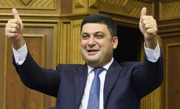 Влада змінюється: у Кабміні помітили двійників Розенка і Яценюка