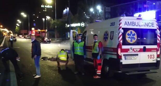 ДТП в Києві обірвало життя трьох людей, відео з місця трагедії і подробиці