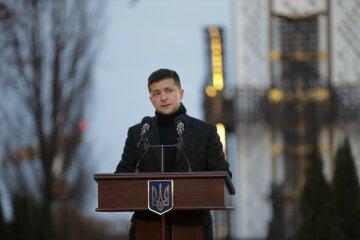 """Зеленский эмоционально обратился к украинцам: """"Нам все по силам, но..."""""""