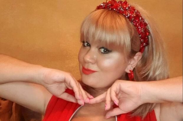 Украинка с 15-м размером заставила краснеть, показав свои прелести крупным планом: