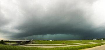 Торнадо, шторм, циклон, погода.