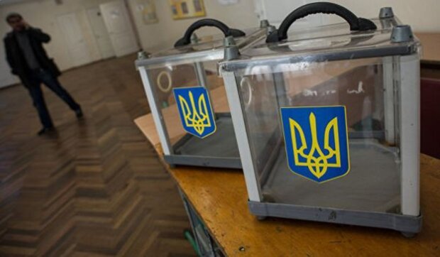 Стало відомо про порушення під час виборів на Львівщині: всі деталі