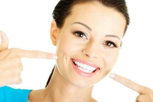 chem-lazernoe-otbelivanie-zubov-luchshe-ostalnyx-metodik