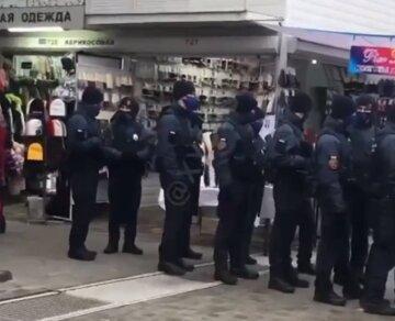 "Полиция и Нацгвардия проводят облавы на одесском рынке ""7 километр"", видео: известна причина"