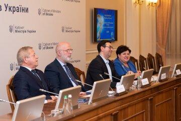 Визначено переможців Ювілейного Рейтингу «Сумлінні платники податків - 2020»: 81 українець