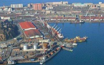 Керівництво порту «Южний» блокує роботу підприємства в інтересах приватних компаній – лист промисловців до Шмигаля