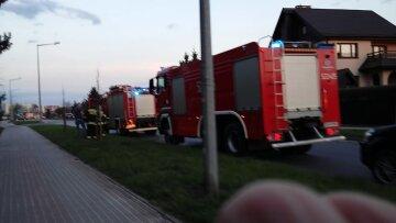 """Будинок з українцями в Польщі перетворили на попіл: """"Підпалили"""", кадри і подробиці атаки"""