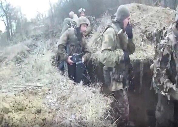 Снайпери ФСБ з французьким озброєнням видали себе на Донбасі, кадри: «Росія нарощує...»