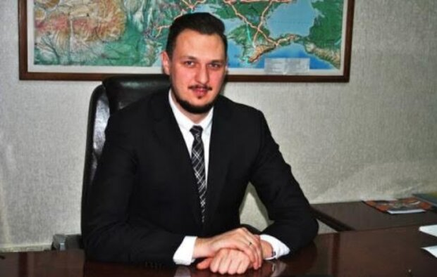 Опубликованы разговоры «антикоррупционера» Гриненко, где он грозится убрать главу «Укравтодора» с помощью информационных атак