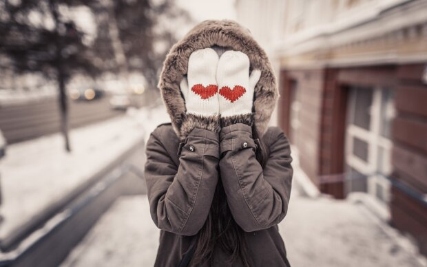 зима-пуховик-девушка-холод-погода