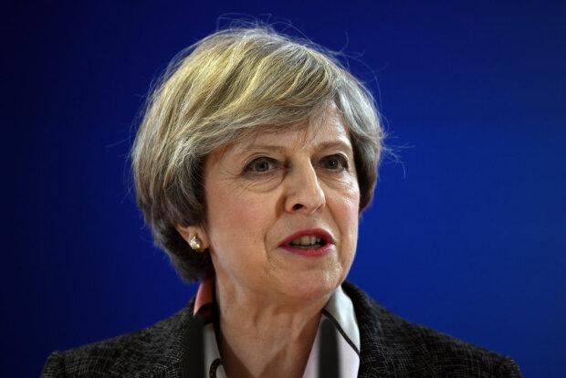 Британский премьер публично оконфузилась (видео)