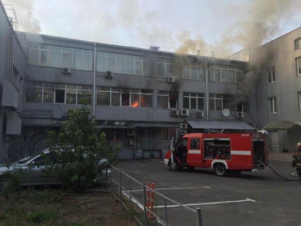 На Березняках загорелся дом (фото)