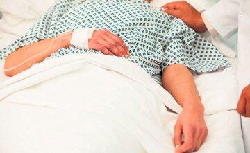 391657_bolnica-pregled-bolnicka-postelja-pacijent_ls
