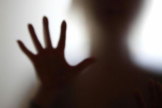 Экстрасенс назвал признаки появления в доме нечистой силы: что нужно делать, чтобы спастись