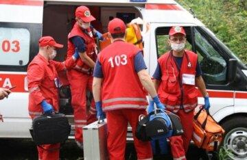 """Відпочинок на одеському курорті обернувся нещастям, в лікарню потрапили 9 дітей: """"Всі проживали в готелі"""""""