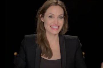 """Легендарна Джолі заворожила своєю сліпучою посмішкою: """"Це буває так рідко..."""""""