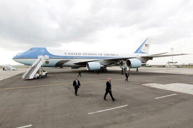 борт №1 самолет президента США