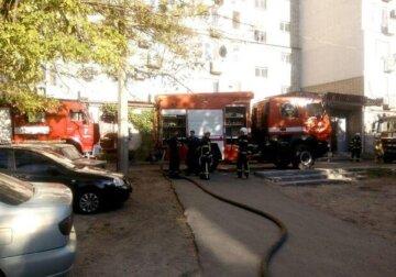 Пожар вспыхнул в санатории под Одессой, началась эвакуация: кадры ЧП