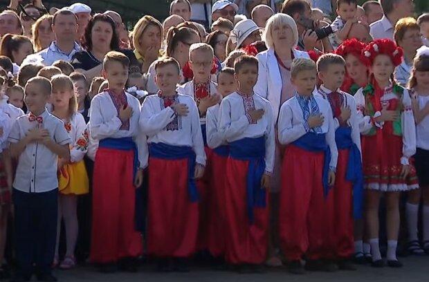 """Доній розповів, чим відгукнеться """"нав'язування"""" дітям гімну України: """"Будуть з'являтися..."""""""