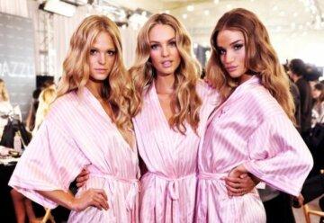 Звезда шоу Victoria's Secret засветила лишнее в черном белье: «кадры для взрослых»