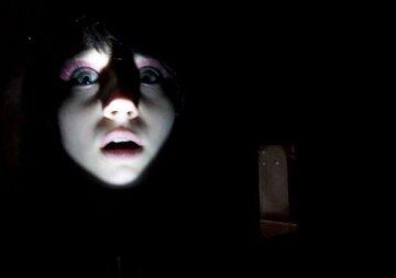 темнота, ребенок, лицо