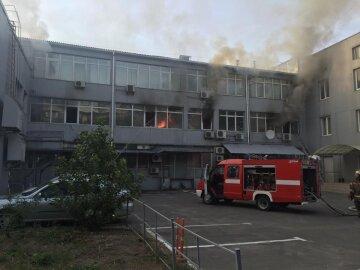 На Березняках загорівся будинок (фото)