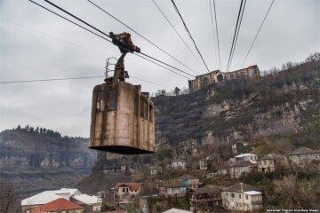 В грузинском городе маршрутками служат канатные дороги (фото)