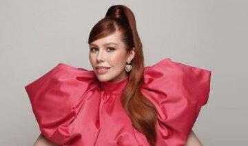 "Плакидюк из ""Супер топ-модель по-украински"" заворожила видом в прозрачном корсете, лежа на столе: ""Карма настигла"""