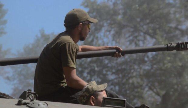 """На Дніпропетровщину повернулися бійці після 7 місяців ротації, кадри: """"не обійшлося без втрат..."""""""