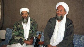 """Усама бин Ладен и нынешний лидер """"Аль-Каиды"""" Айман аль-Завахири"""