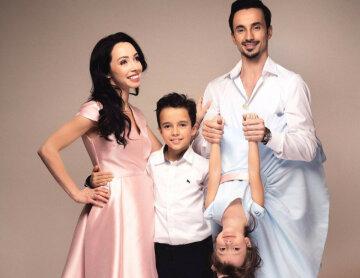 Екатерина Кухар с детьми и мужем