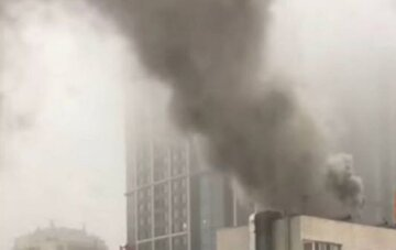 В Киеве пылает ресторан: на место ЧП срочно съехались пожарные, город стоит в пробке