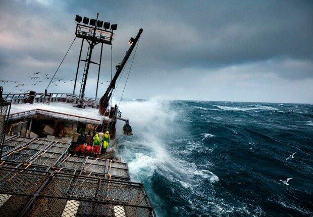 рыбалка море шторм