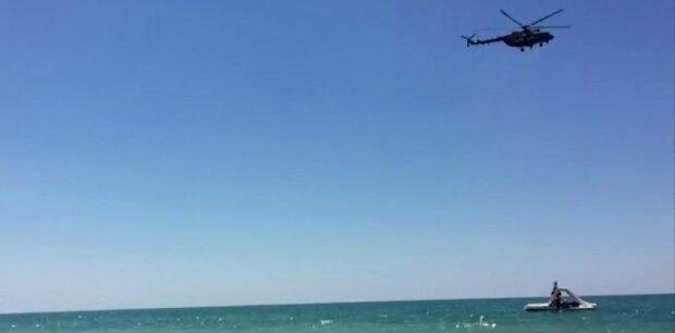 Крым, военный вертолет