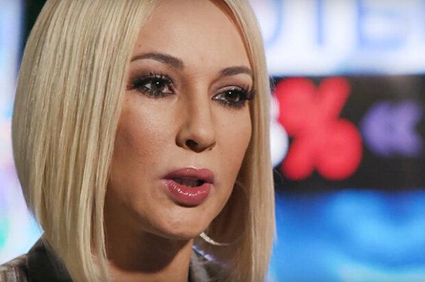 """""""Любовница"""" Лазарева возглавила антирейтинг и вскипела:  """"Хочется напиться и мордой в салат"""""""