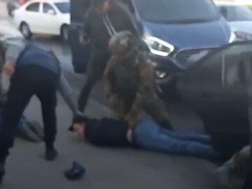 """В Одесі """"таксисти"""" обчищали пасажирів до нитки: відео"""