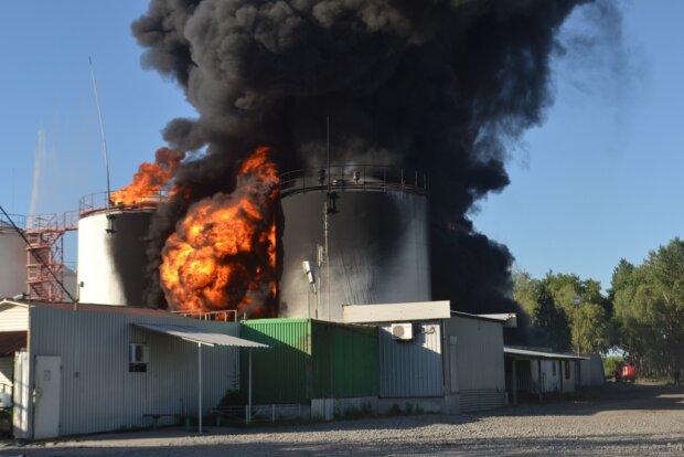 взрывы на нефтебазе
