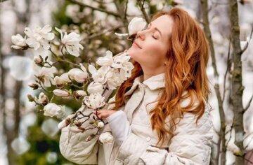 """Зірка """"Кріпосної"""" Денисенко після вечірки з Мішиною здивувала свіжим виглядом: """"Супержінка"""""""