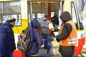 """В Одесі ввели нові правила в громадському транспорті: """"Вже не  вдесятьох"""""""