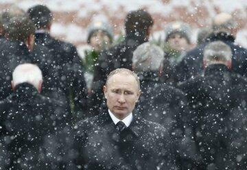 """Засніжений Путін із """"французькою подругою"""": головні кадри зими, що минає – фото"""