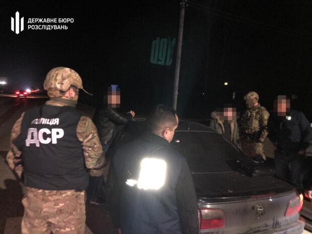 На Львівщині правоохоронці затримали податківця на хабарі за покриття «тіньової праці»