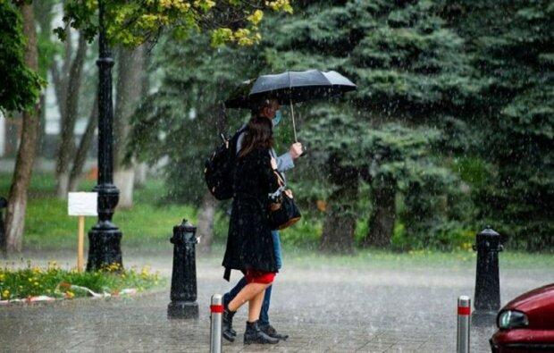 Підступний циклон вдарить по більшості областей, погода в Україні різко зміниться: кому не пощастить