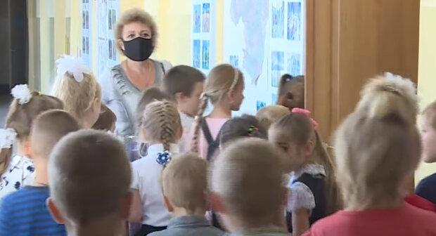Можуть посадити на три роки: в українських школах вводять суворе покарання за недотримання карантину