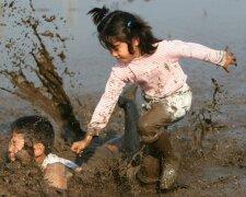 дети, грязь, лужа, игра