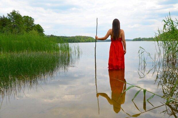река природа девушка