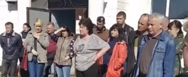 """Жители """"ЛНР"""" неожиданно начали прозревать, где оказались: """"человеческая жизнь ничто, чуда не случилось"""""""