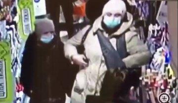 """""""Один рух і Айфон йде в іншу кишеню"""": в Одесі орудує віртуозна злодійка, відео"""