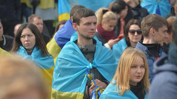 Романенко: Украина - это большая курица. Ее жизнь определяет не ее воля и цели